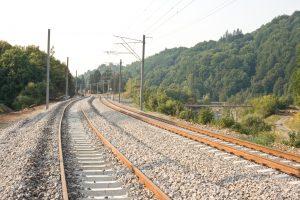 CFR SA obligată de instanță să reevalueze ofertele pentru modernizarea subsecțiunilor Brașov – Apața și Cața – Sighișoara