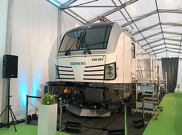 Siemens lansează locomotiva duală electro-diesel Vectron