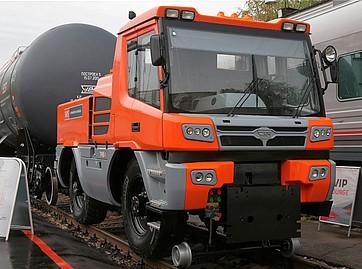 A fost livrat vehiculul șosea- cale ferată