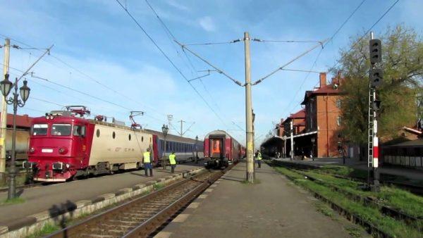 Directorul general al CFR susține ca, de luna viitoare, drumul cu trenul Suceava – București va dura doar cinci ore