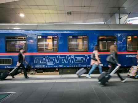 Operarea trenurilor de noapte NightJet se extinde la Amsterdam și Bruxelles