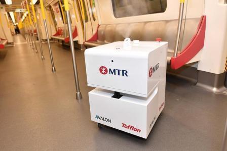 Robot de curățare pentru luptă împotriva coronavirusului implementat de operatorul de metrou din Hong Kon