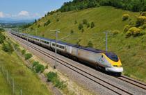 """Eurostar va instala un """"coridor biometric"""" pentru ca pasagerii să urce în tren fără a mai arăta pașaportul sau biletul"""